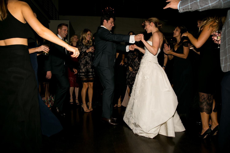 HeatherPhelpsLipton-Modern-Wedding-Photography-TribecaRooftop-ChurchOfTheAscension-6.jpg
