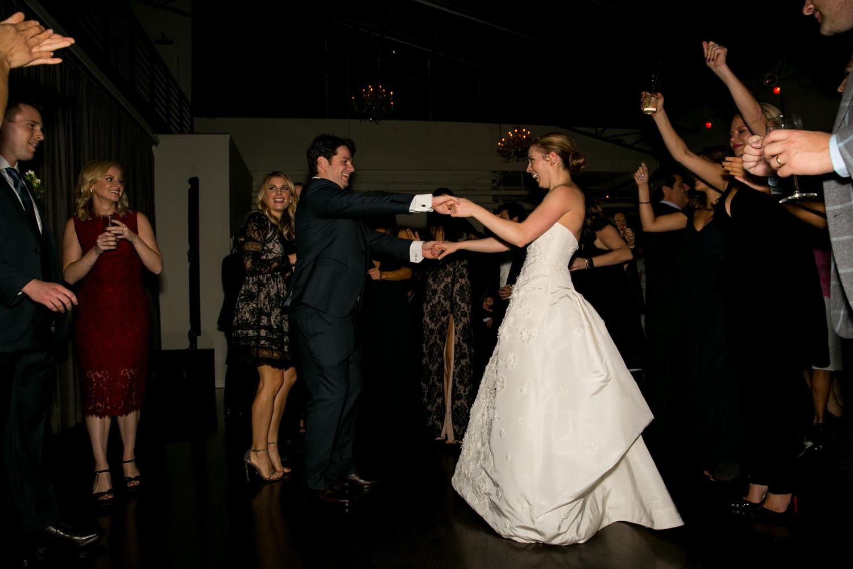 HeatherPhelpsLipton-Modern-Wedding-Photography-TribecaRooftop-ChurchOfTheAscension-5.jpg