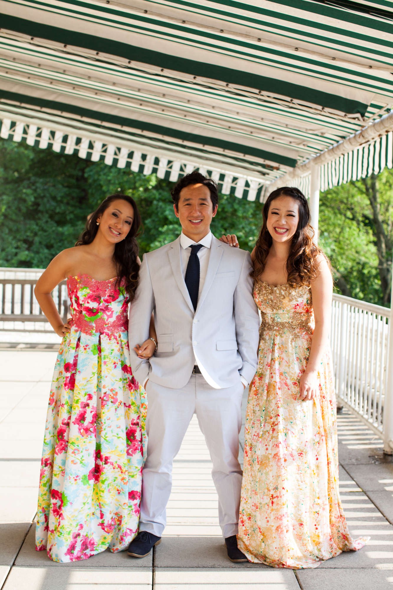 HeatherPhelpsLipton-Modern-Wedding-Photography-ProspectPark-PicnicHouse-summer-19.jpg