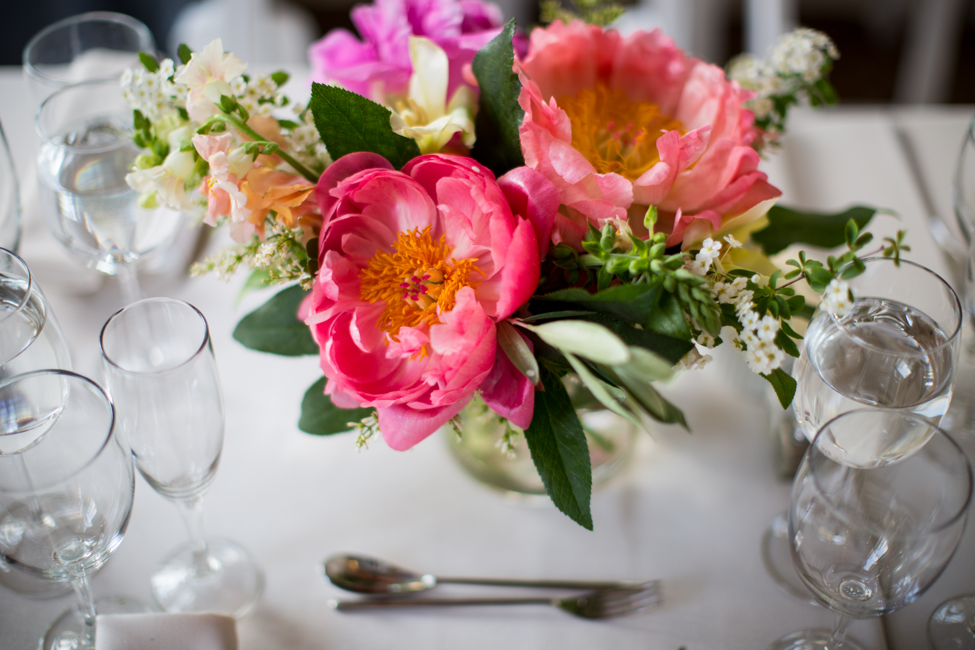 HeatherPhelpsLipton-Modern-Wedding-Photography-ProspectPark-PicnicHouse-summer-37.jpg