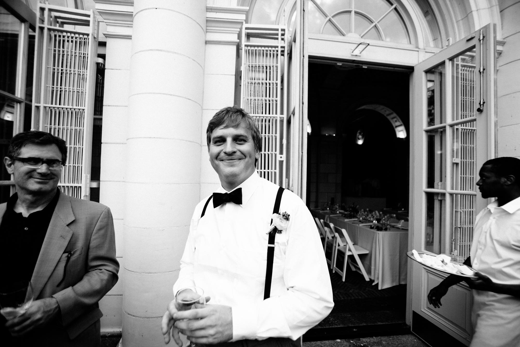 HeatherPhelpsLipton-Modern-Wedding-Photography-ProspectPark-PicnicHouse-summer-43.jpg