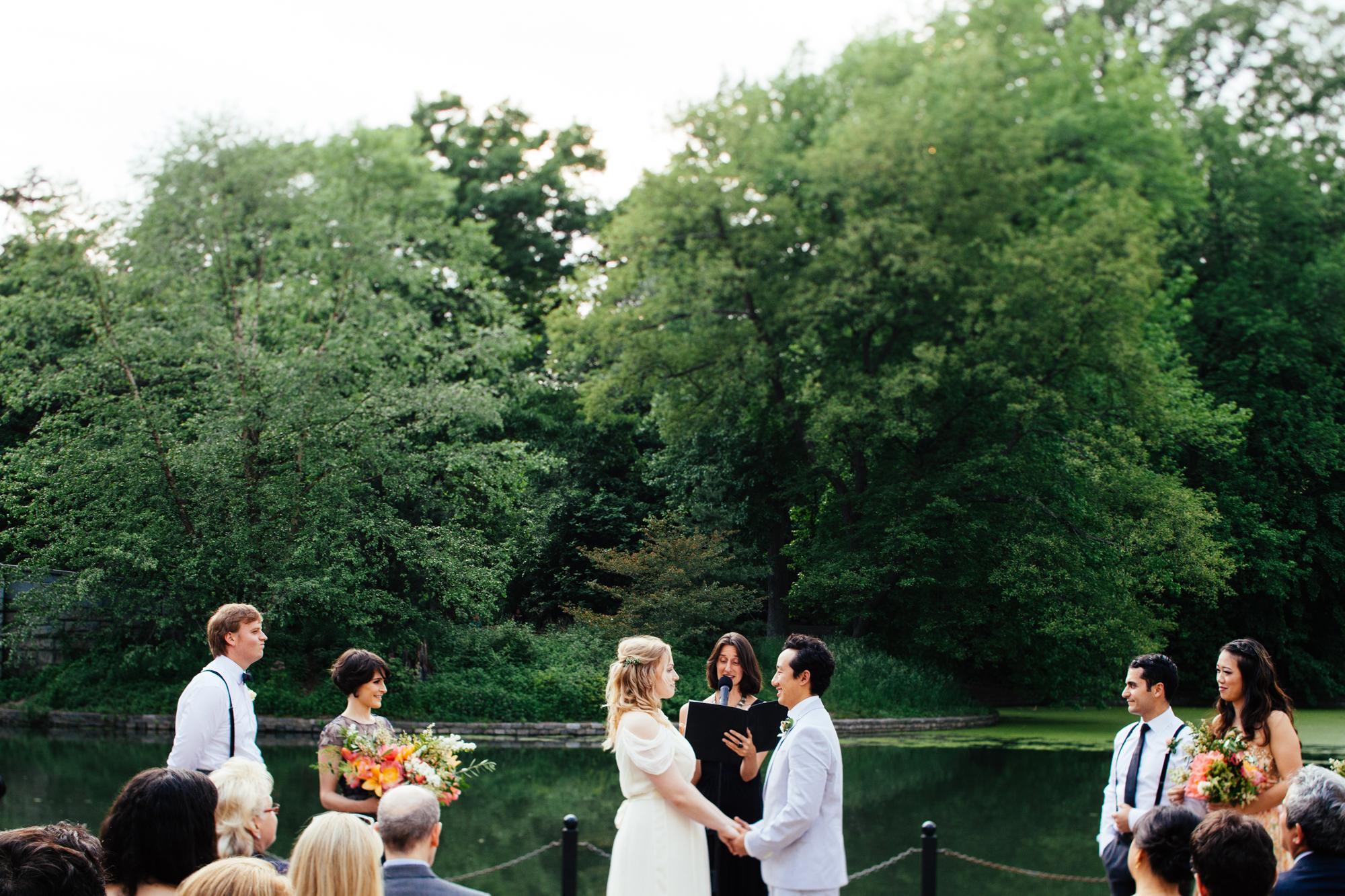 HeatherPhelpsLipton-Modern-Wedding-Photography-ProspectPark-PicnicHouse-summer-56.jpg