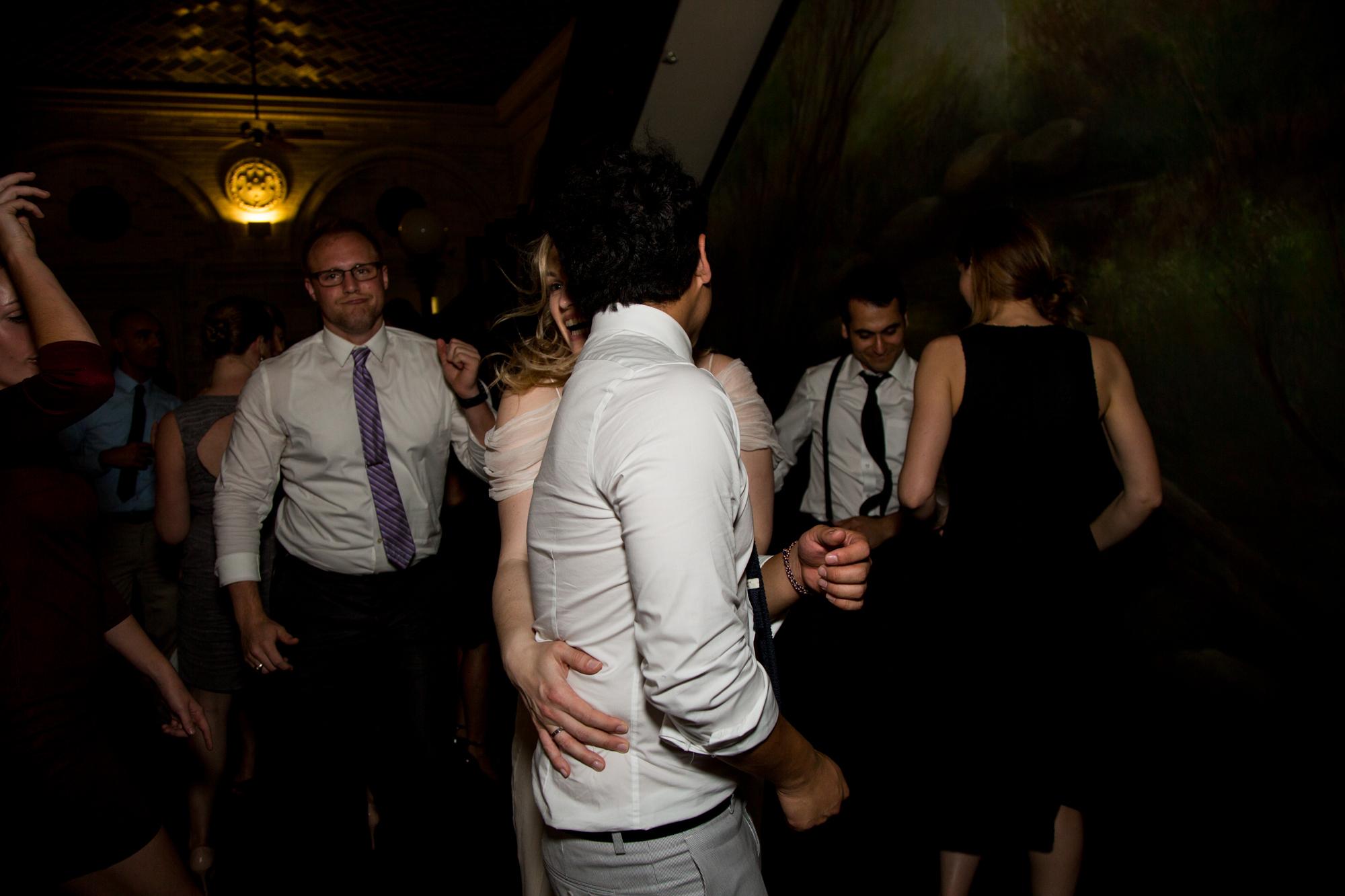 HeatherPhelpsLipton-Modern-Wedding-Photography-ProspectPark-PicnicHouse-summer-75.jpg