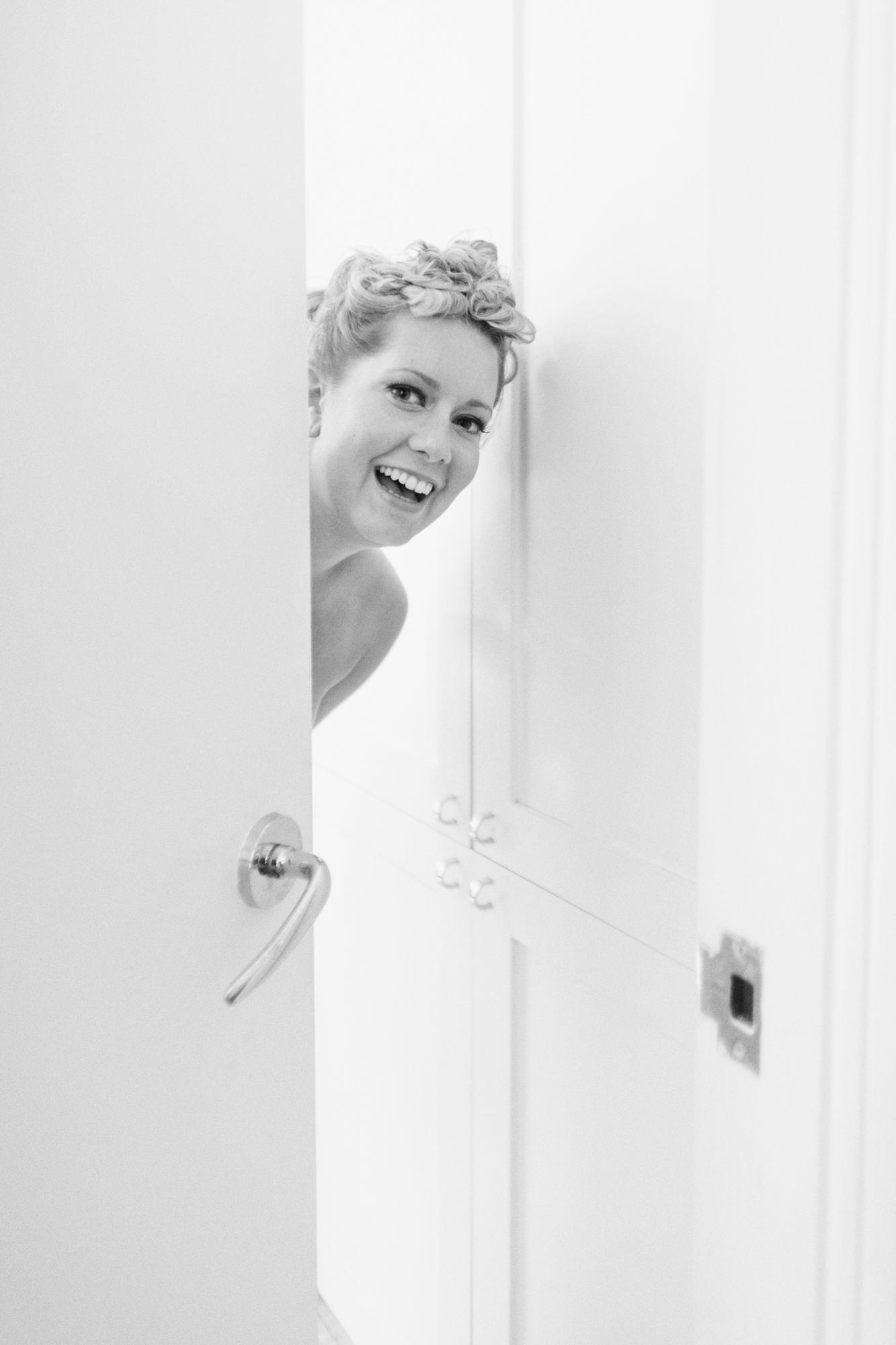 HeatherPhelpsLipton-Modern-WeddingPhotography-GreenBuilding-winter-prospectpark-8.jpg