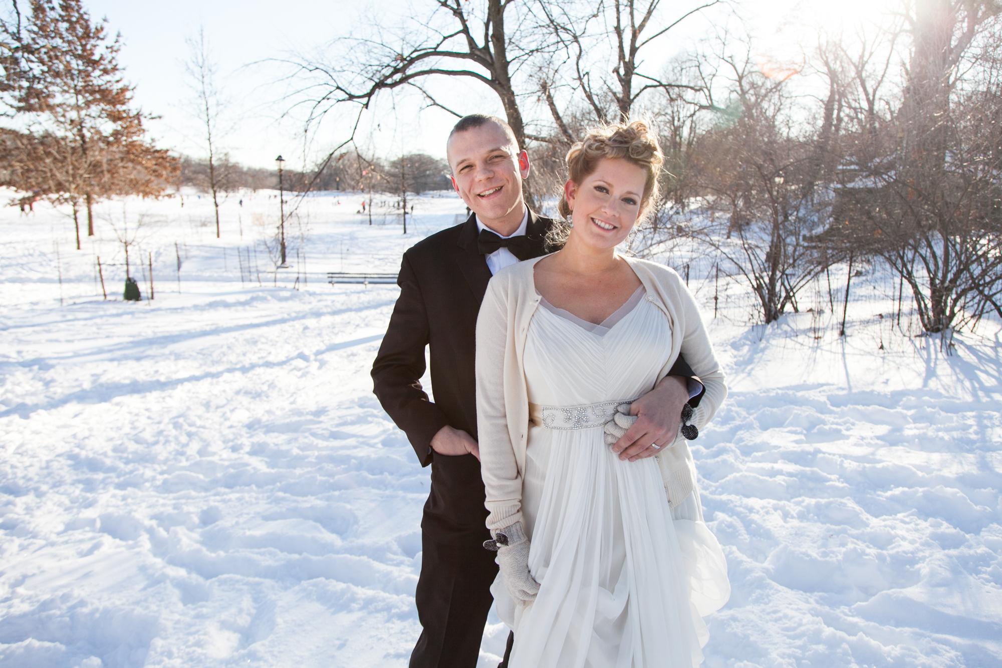 HeatherPhelpsLipton-Modern-WeddingPhotography-GreenBuilding-winter-prospectpark-12.jpg