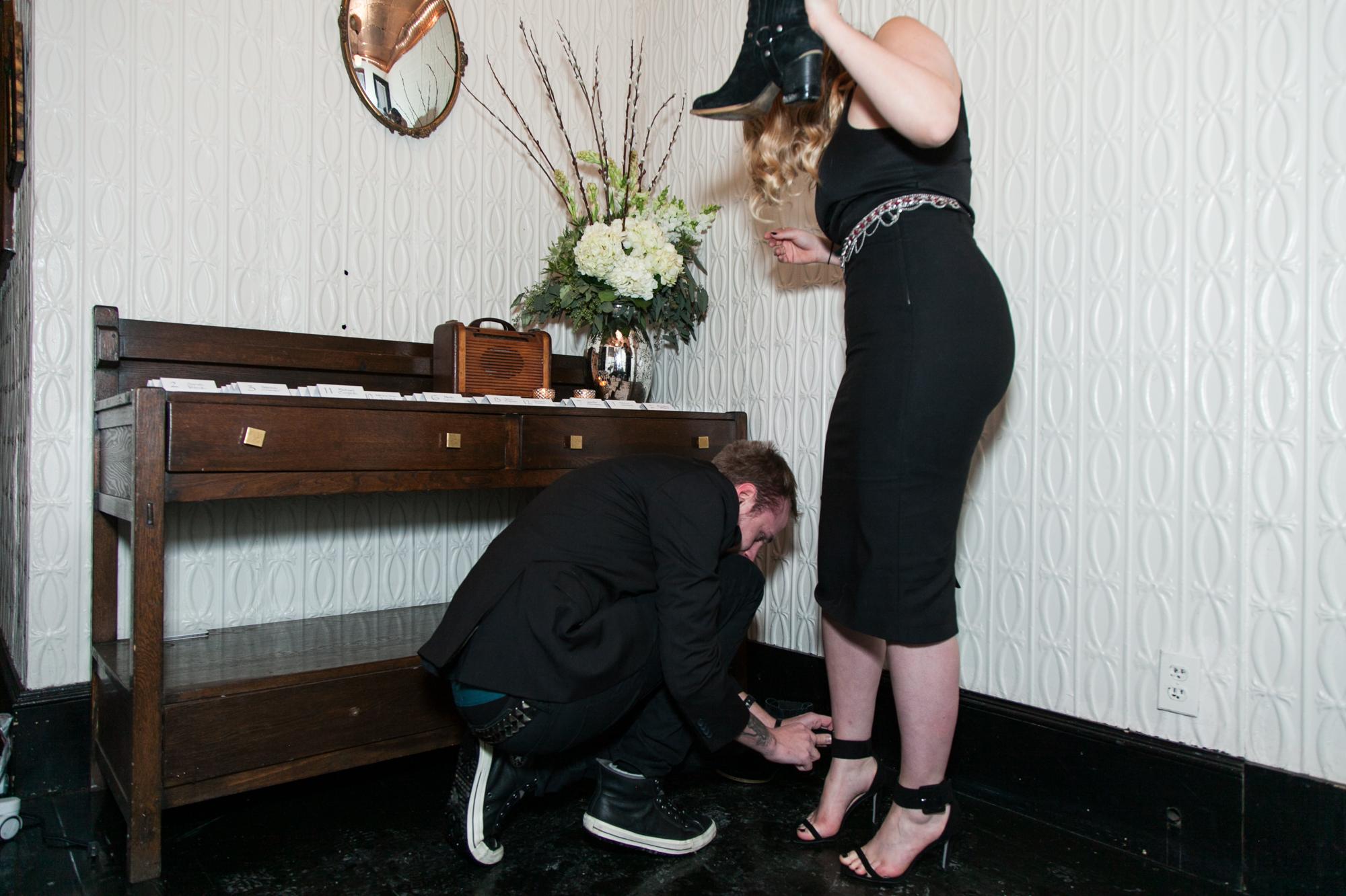 HeatherPhelpsLipton-Modern-WeddingPhotography-GreenBuilding-winter-prospectpark-22.jpg