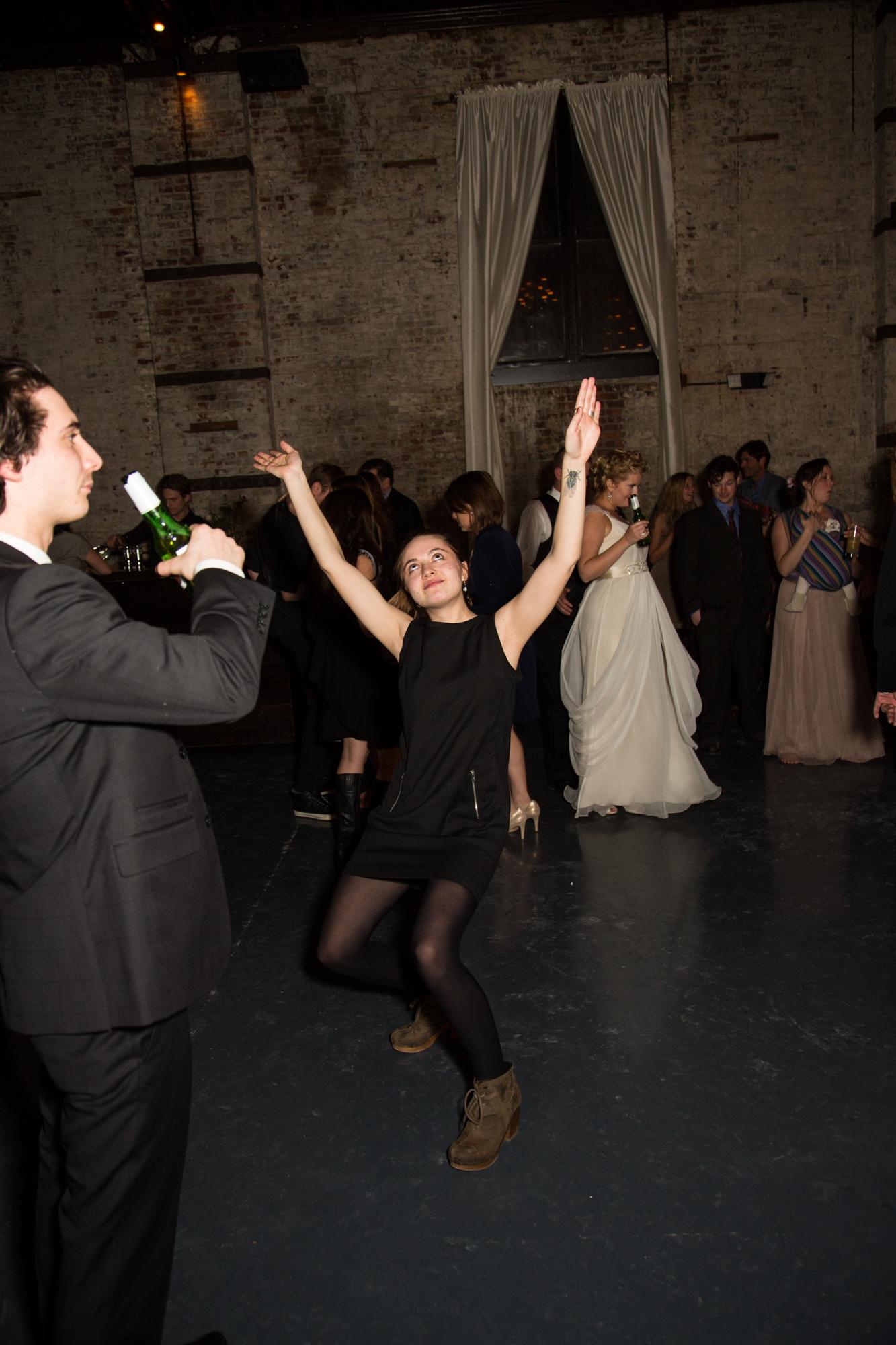 HeatherPhelpsLipton-Modern-WeddingPhotography-GreenBuilding-winter-prospectpark-42.jpg