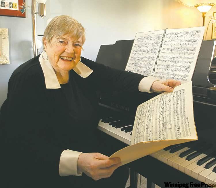 Helga Anderson -  Photo by: Wayne Glowacki / Winnipeg Free Press 2011/12/10