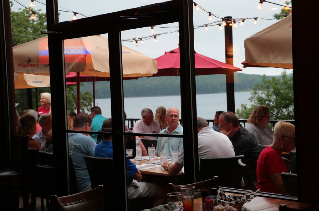 Ace's Run - Lakeside Dining and Pub
