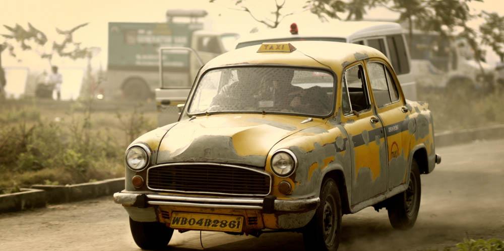 Calcutta_Taxi_01_Lorez.jpg