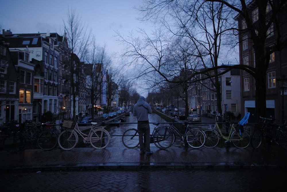 Amsterdam_Street_02.jpg