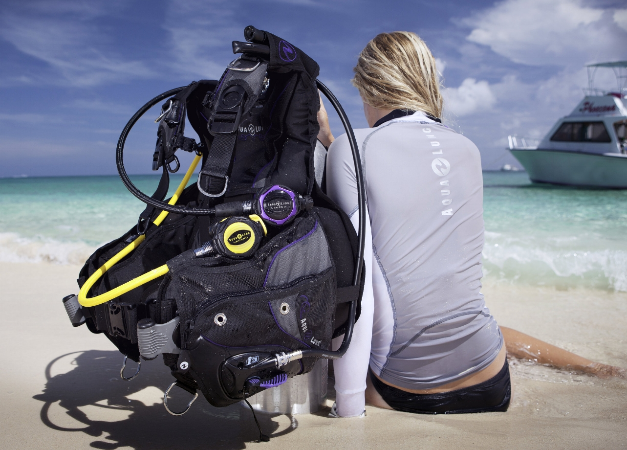 Buoyancy Control Devices (BCDs) - Feel weightless underwater with the right BCD!Depending on your type and level of diving, we have a range of Jacket, Back-inflate & Wing Style BCDs just for you!