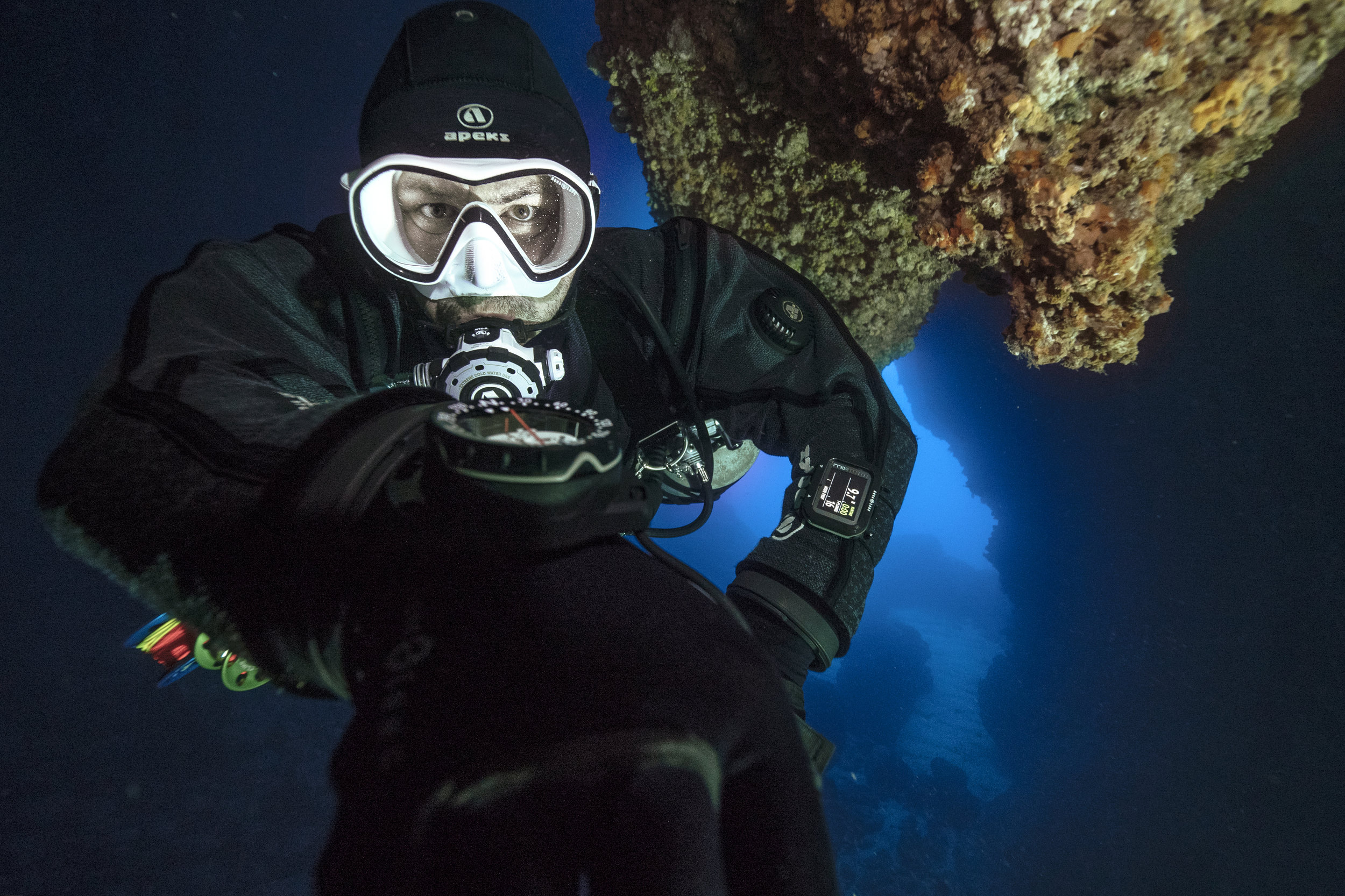 To teach you the skills and give you the confidence to dive to depths down to 130 feet / 40 meters -