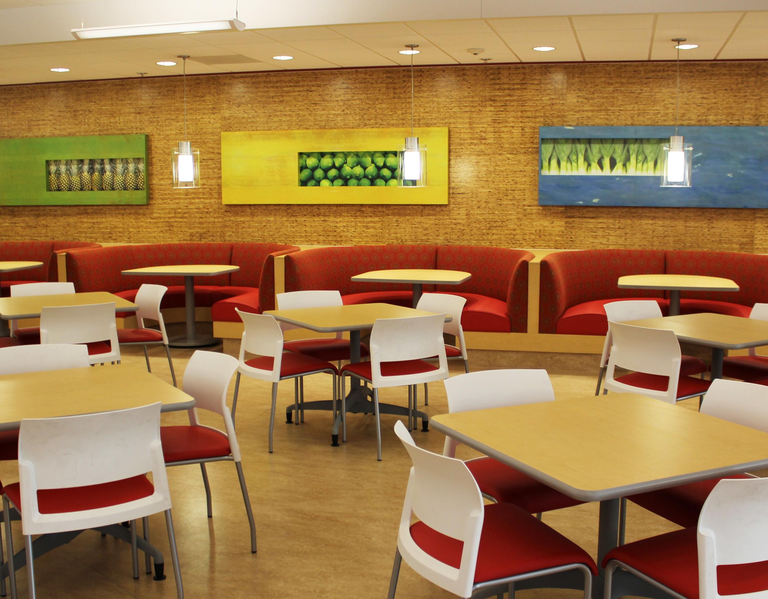 11-cafeteria.jpg