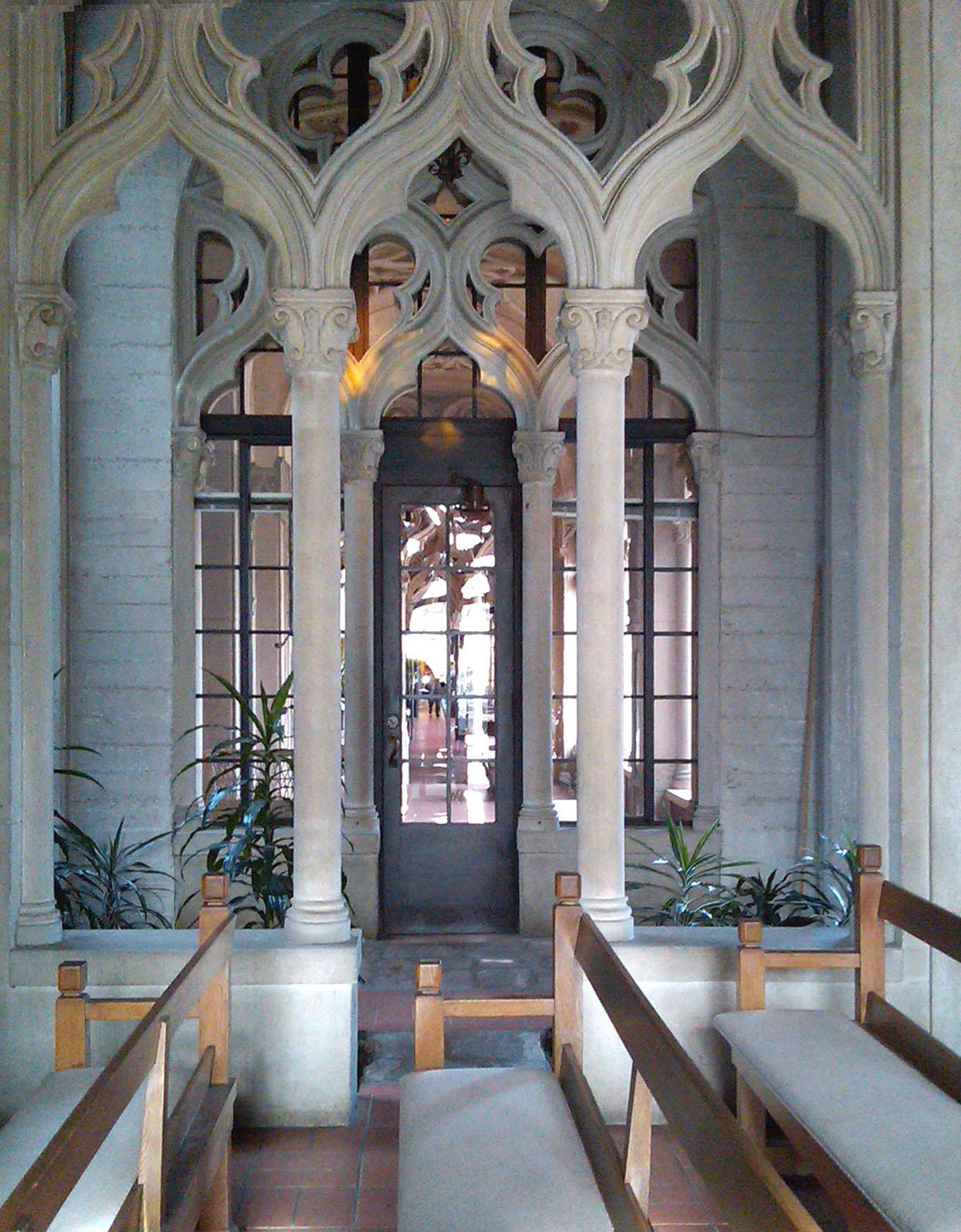 Chapel of Chimes interior 2.jpg