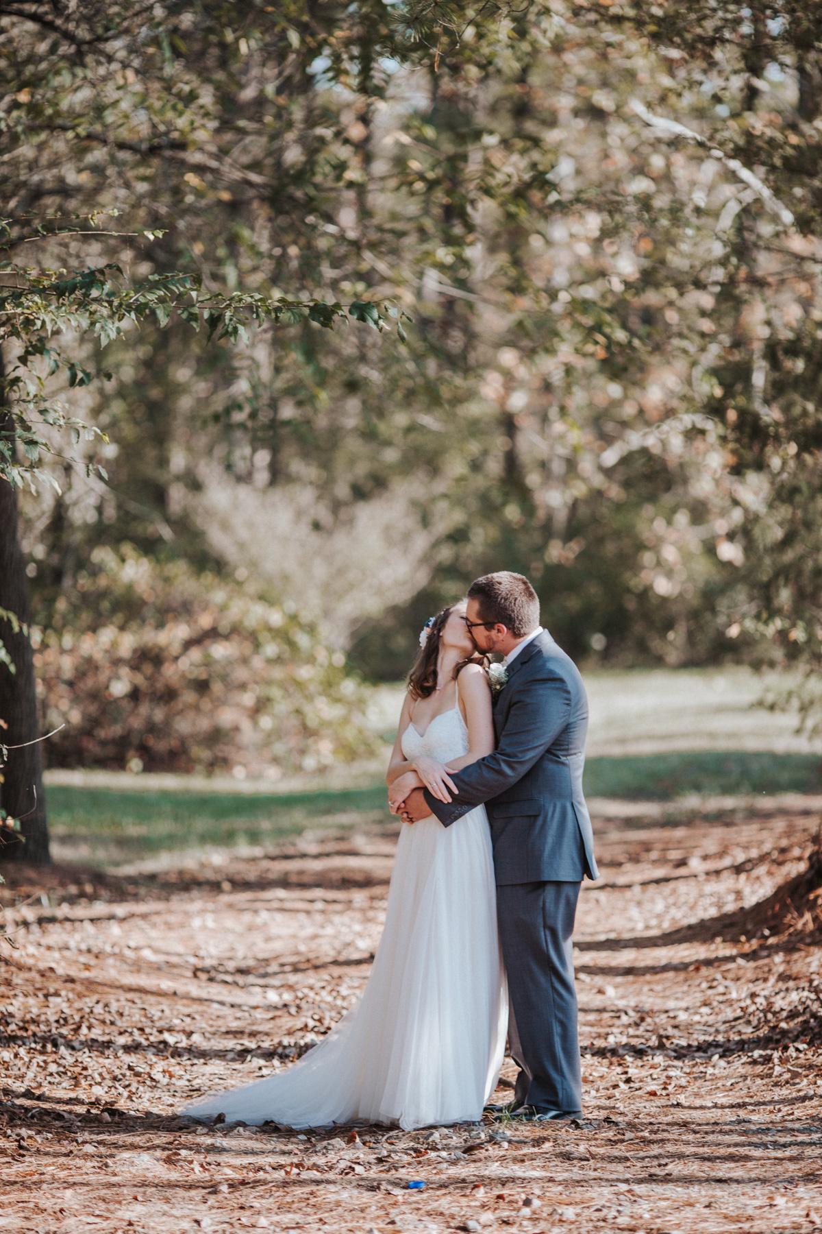 Bride and Groom Fall Wedding Photography by Greensboro Winston-Salem Photographer   Kayli LaFon Photography