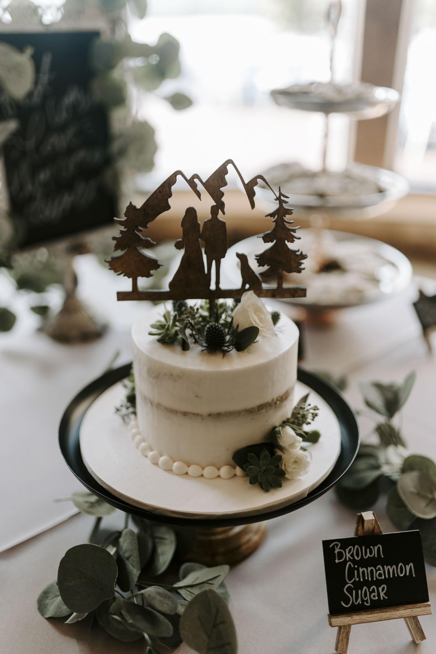Rustic and Romantic Wedding Reception at Bella Collina   By Greensboro, NC Wedding Photographer: Kayli LaFon Photography