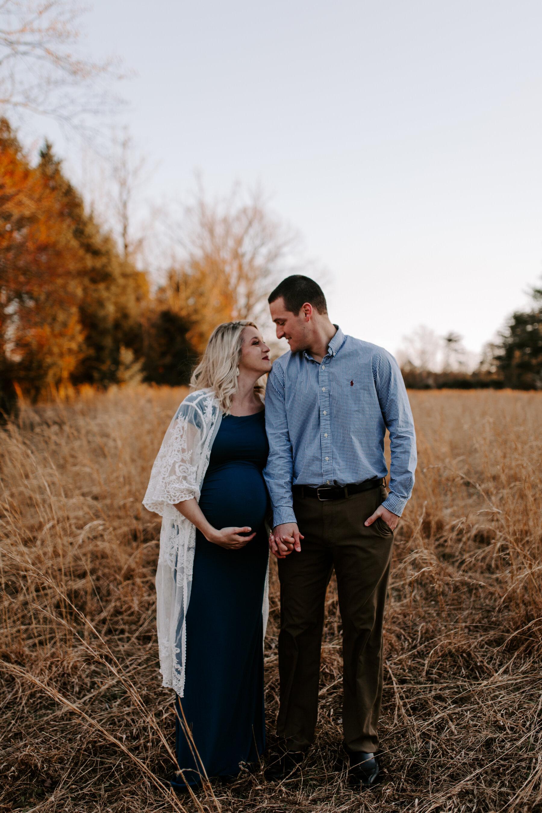 Winter Maternity Session by Kayli LaFon Photography   Kernersville, Greensboro, Winston-Salem NC Couples Photographer