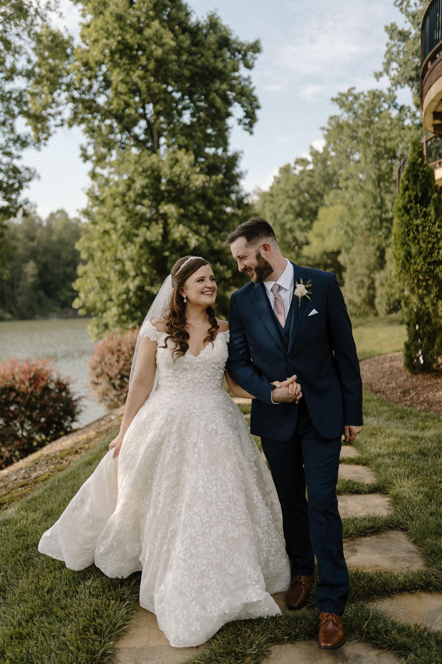Greensboro Winston-Salem, NC Summer Wedding at Bella Collina by Kayli LaFon Photography | North Carolina based Intimate Wedding & Elopement Photographer