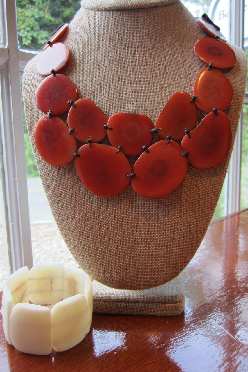 Tagua necklace and bracelet