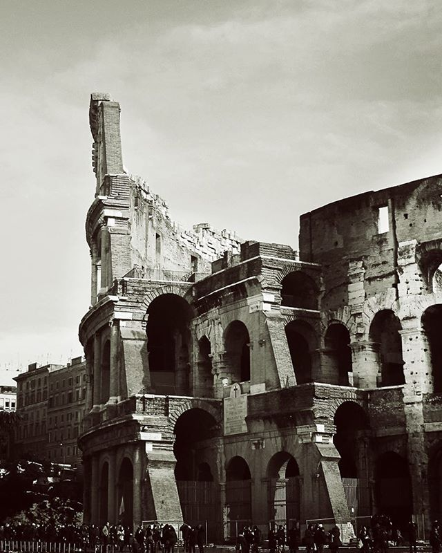 Icon of Rome: Colosseum In a city 7 times more populated than modern NY, where do you find the space to build such a structure? On the area devastated by the great fire of Rome in 64 AD. And with a modern day equivalent cost of $380 million, how do you finance the construction? With the general's share of the booty taken from the Jewish Temple in 70 AD.