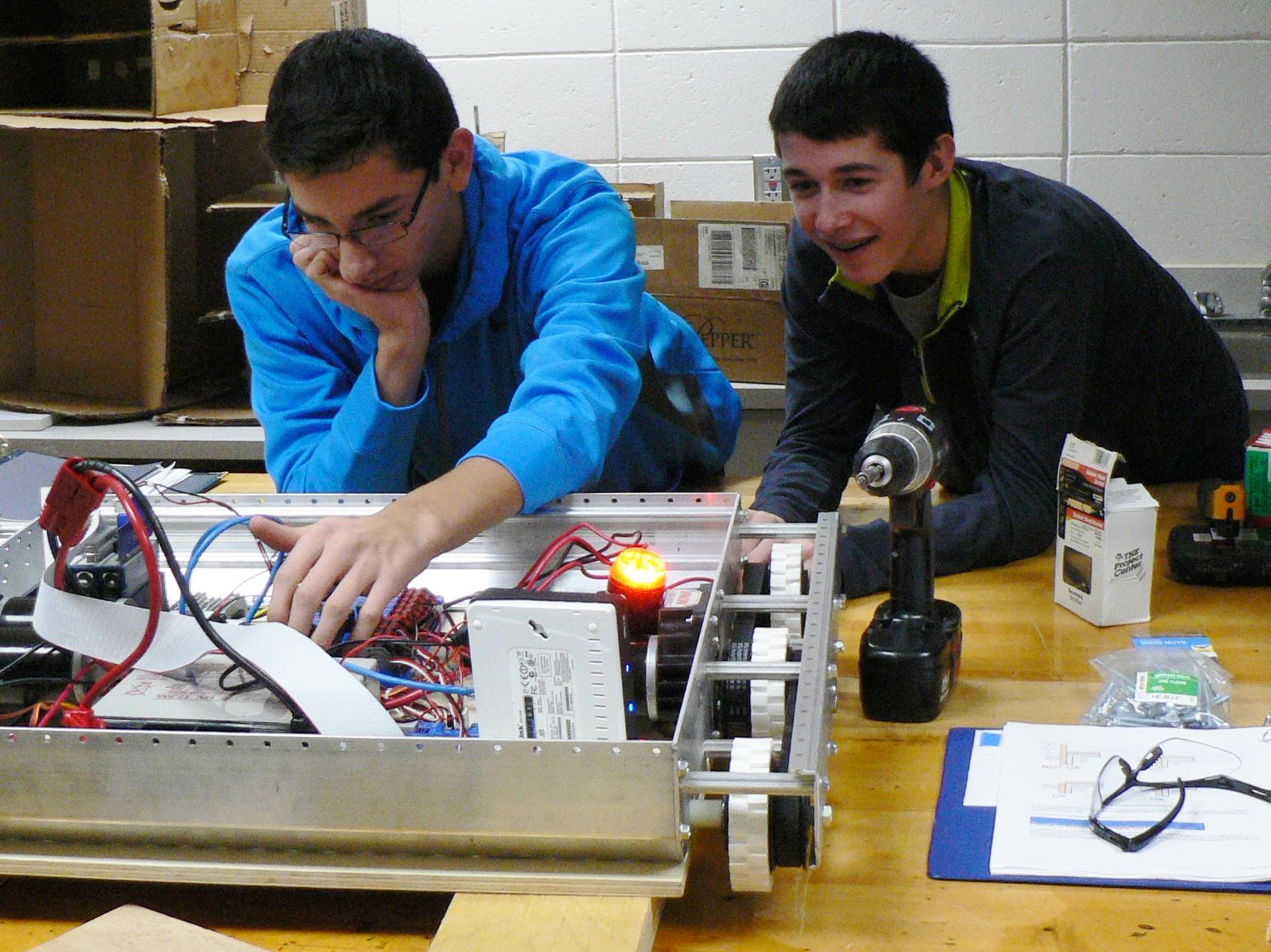 Red Wing High School Robotics Class: 2014