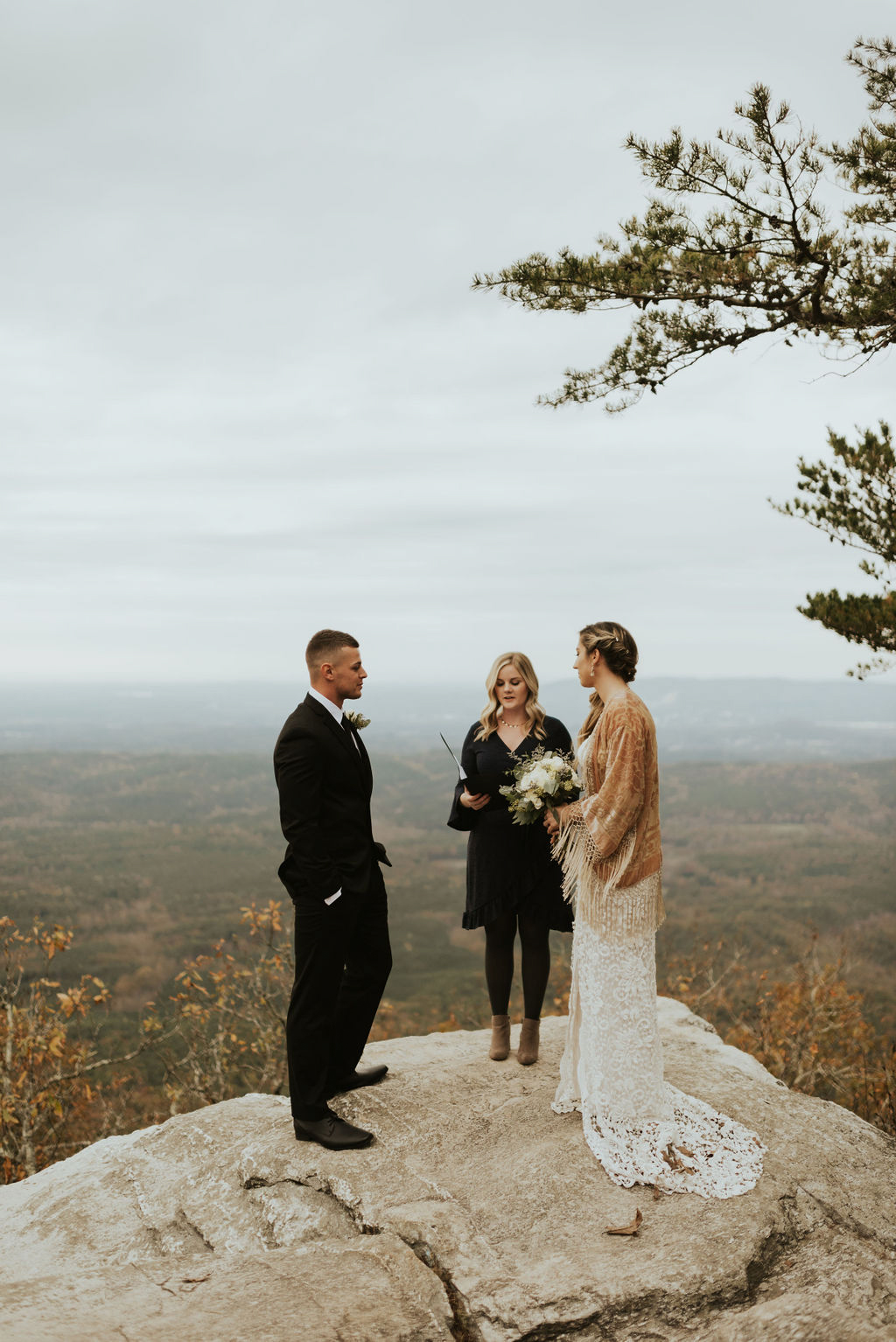 boho-mountain-elopement-in-alabama-126.jpg