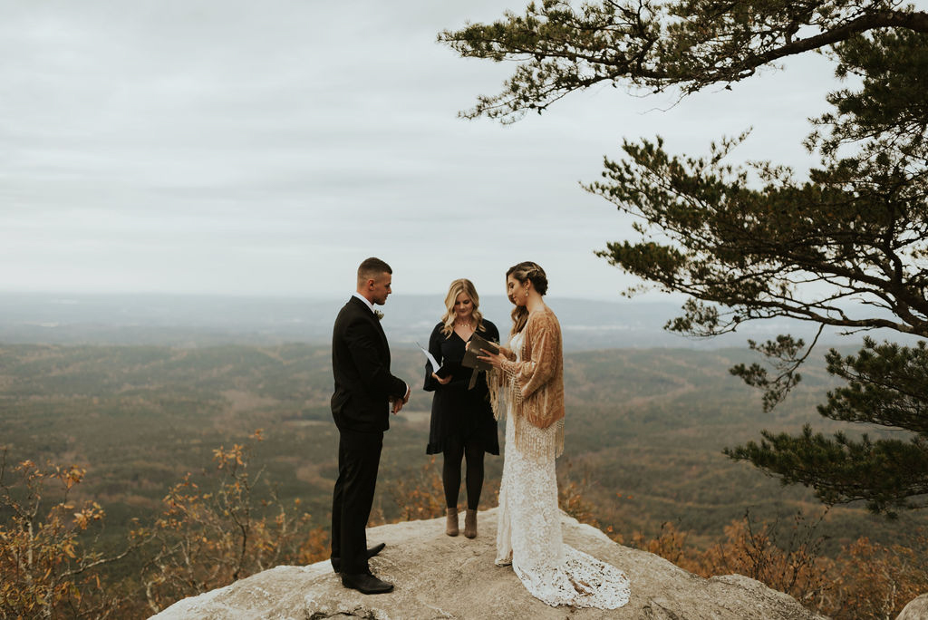boho-mountain-elopement-in-alabama-131.jpg