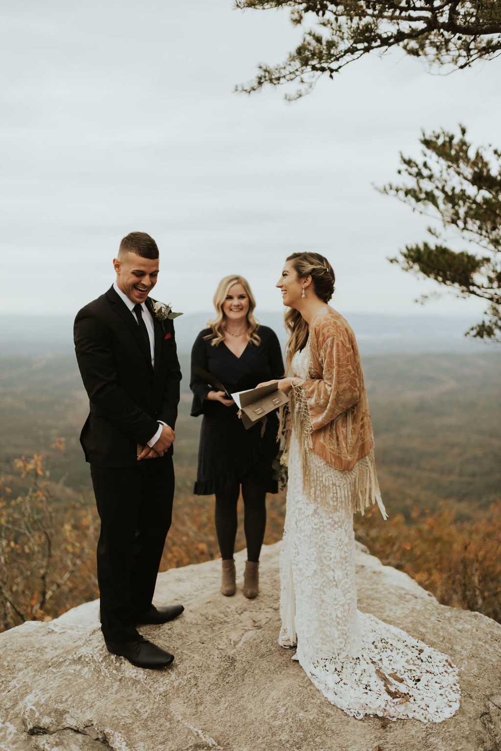 boho-mountain-elopement-in-alabama-137.jpg