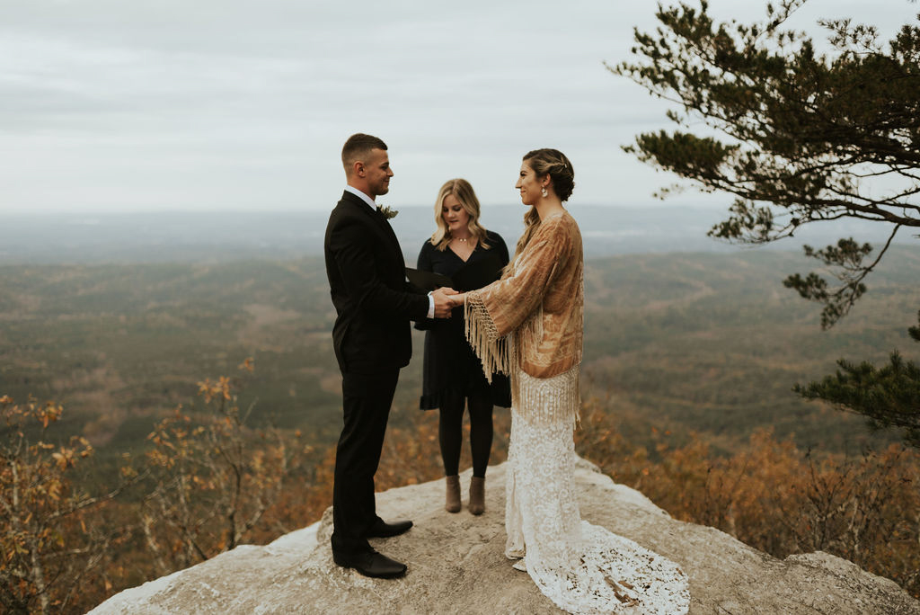 boho-mountain-elopement-in-alabama-153.jpg