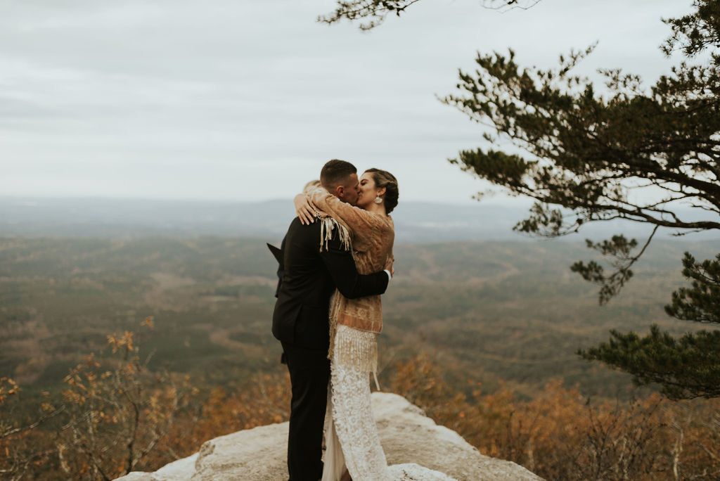 boho-mountain-elopement-in-alabama-157.jpg