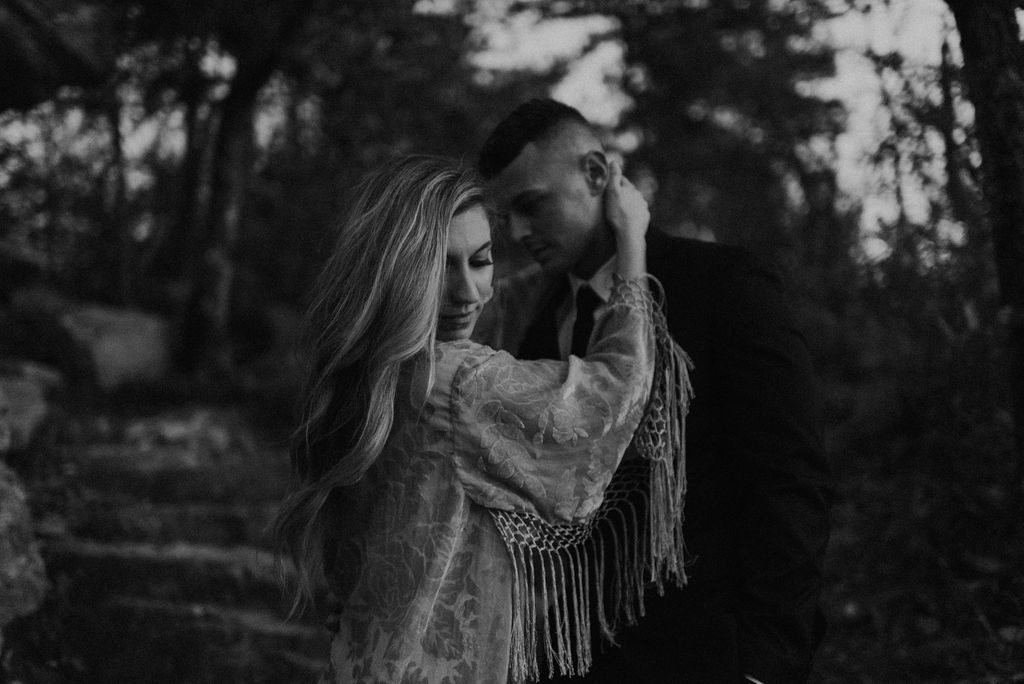 boho-mountain-elopement-in-alabama-224.jpg