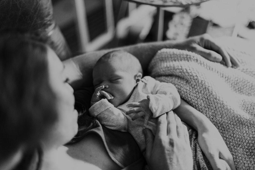in-home-newborn-session-jonah-dakota-chasity-photography-60.jpg