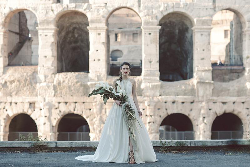 RomeColosseumInspirationalFashionbyLillyRedCreative-69_800.jpg