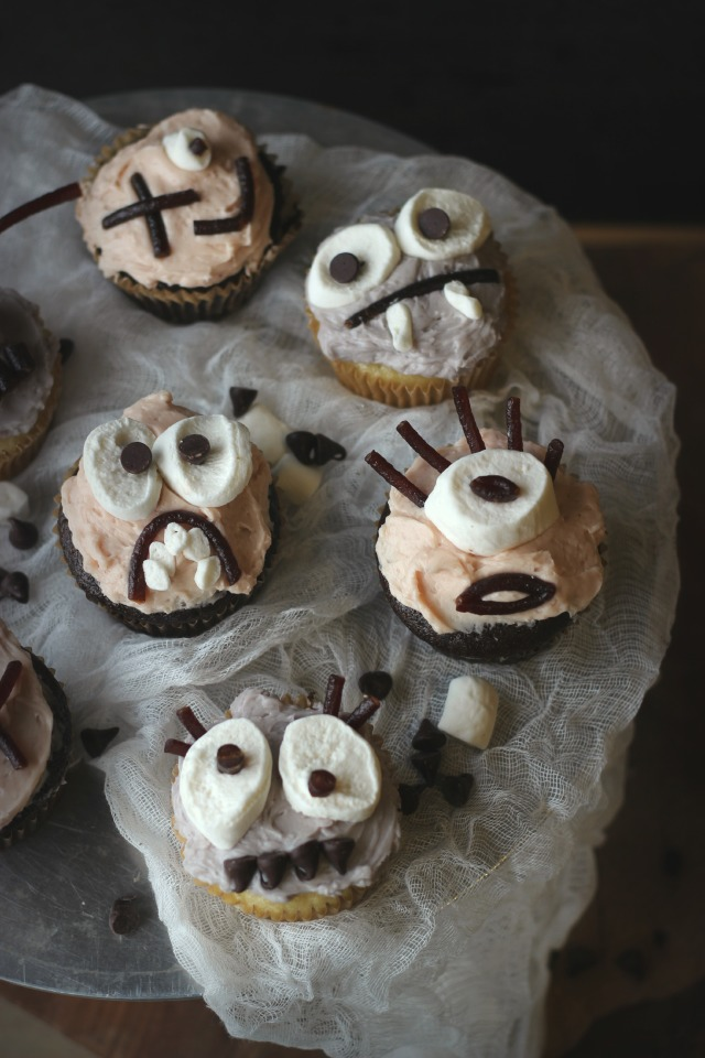 MonsterCupcakes1