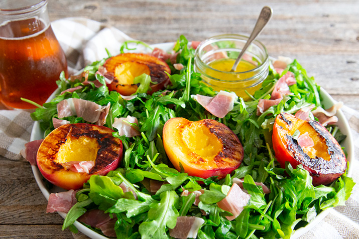 Prosciutto_and_Grilled_Nectarine_Salad.jpg