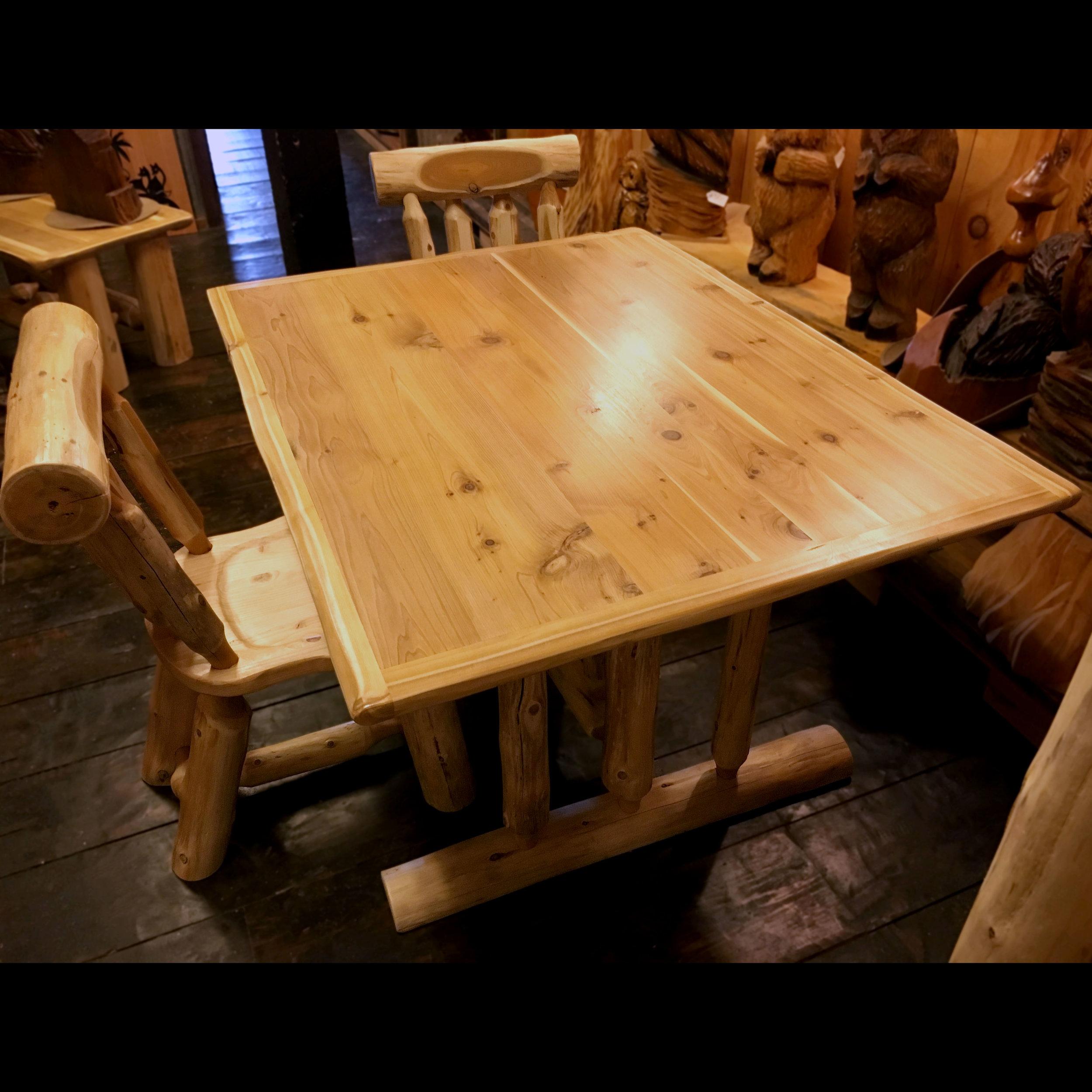 Kitchen Table_2.jpg