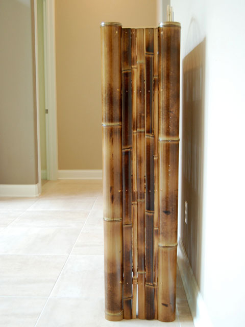 dark bamboo bookcase side.png