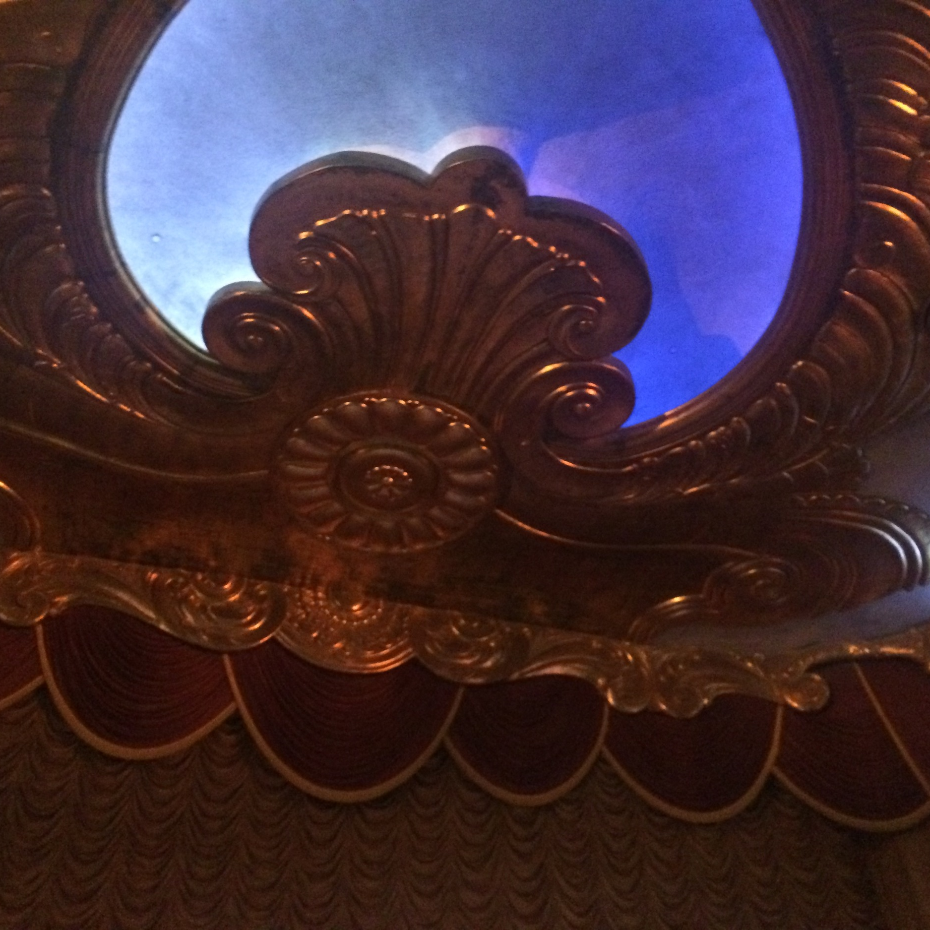 The ceiling of the theatre above the main stage.