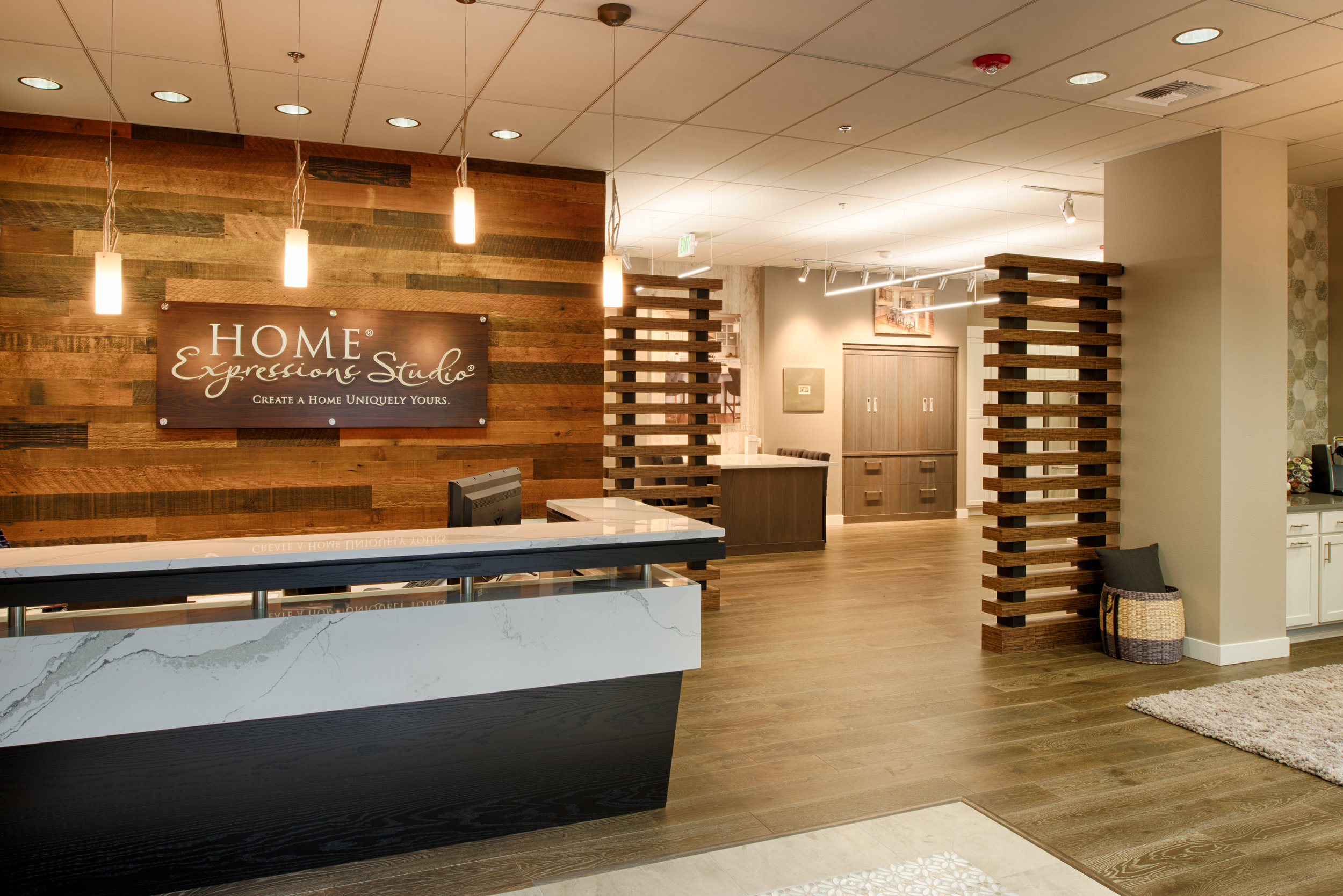 The Expressions Gallery is a 4,200 retail showroom for Pulte Homes, one of the largest home builders in the Pacific Northwest. This tenant improvement creates a warm, contemporary and flexible space where customers work with designers to select finishes and other options for their future homes