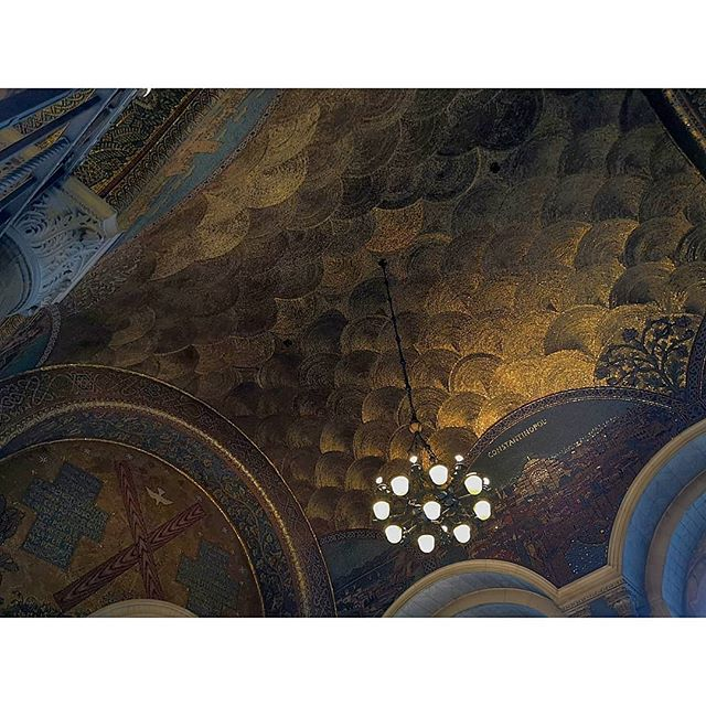 #london #lifestyle #uk #britain #charm #church #cathedral #catholic #aesthetic #art #decorative #mosaic #wanderlust #wonderful_places #europe #history #city #golden #spiritual #westminster #travel #travelgram