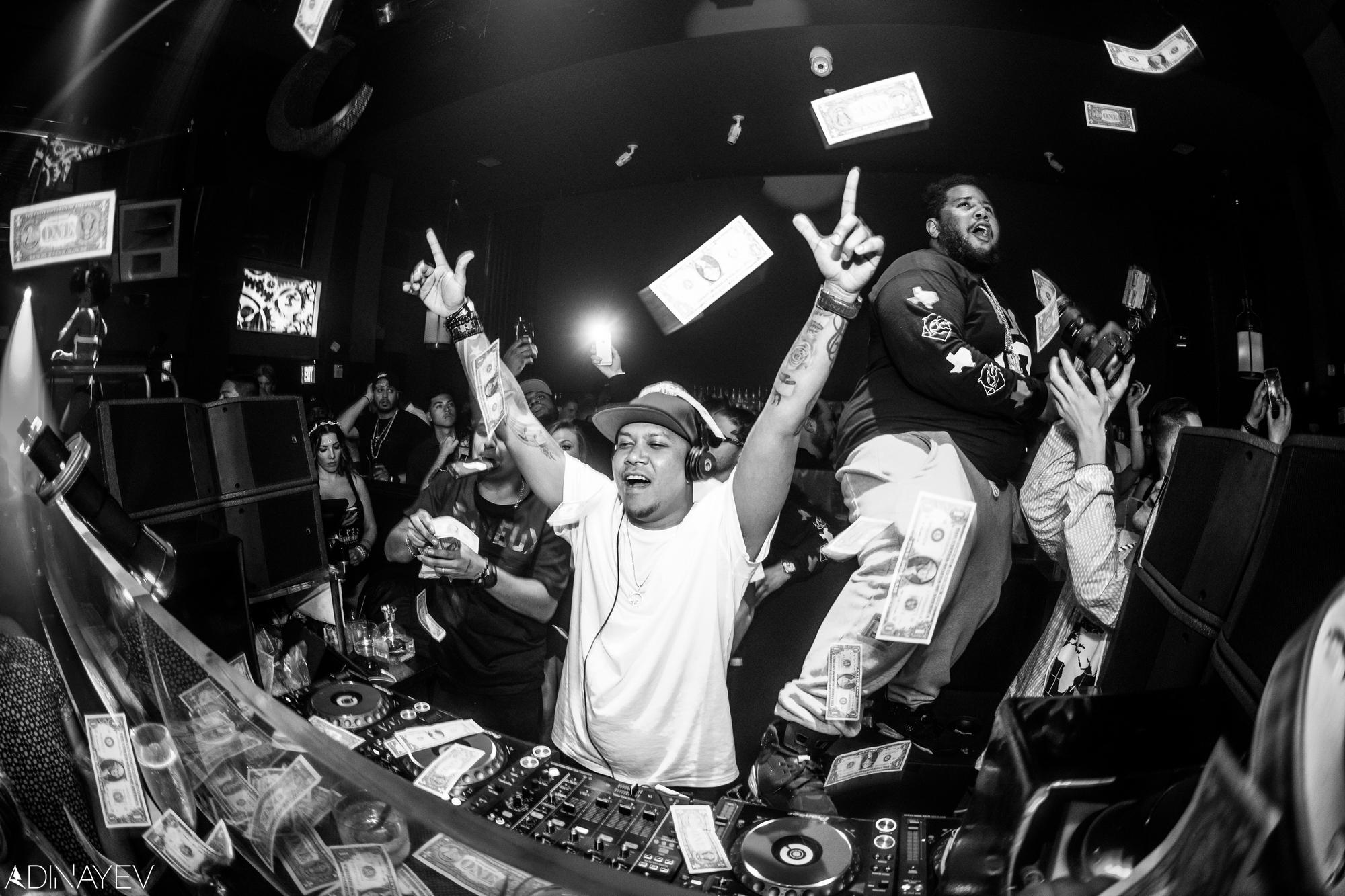 DJ CHUCKIE