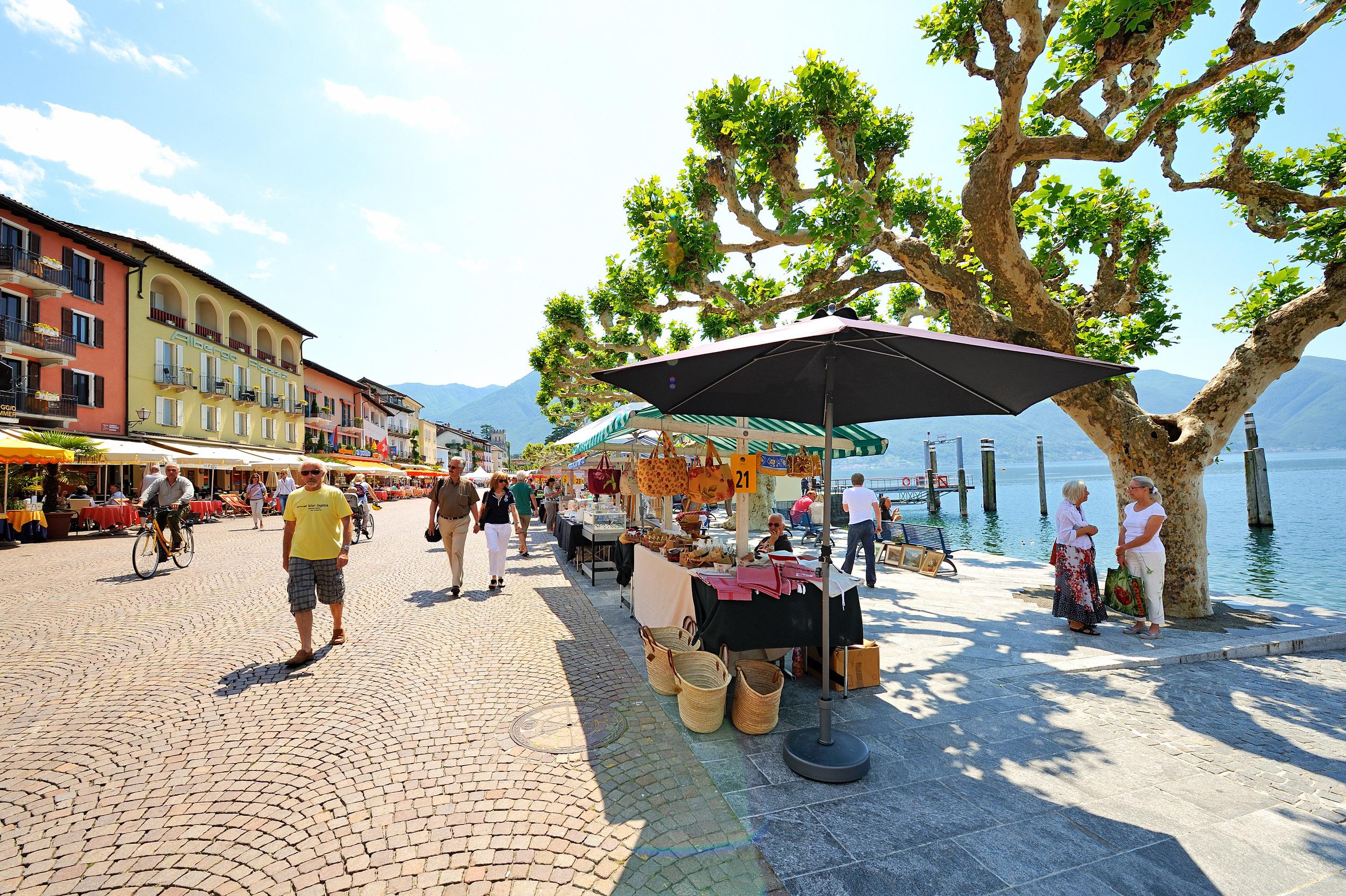Ascona market