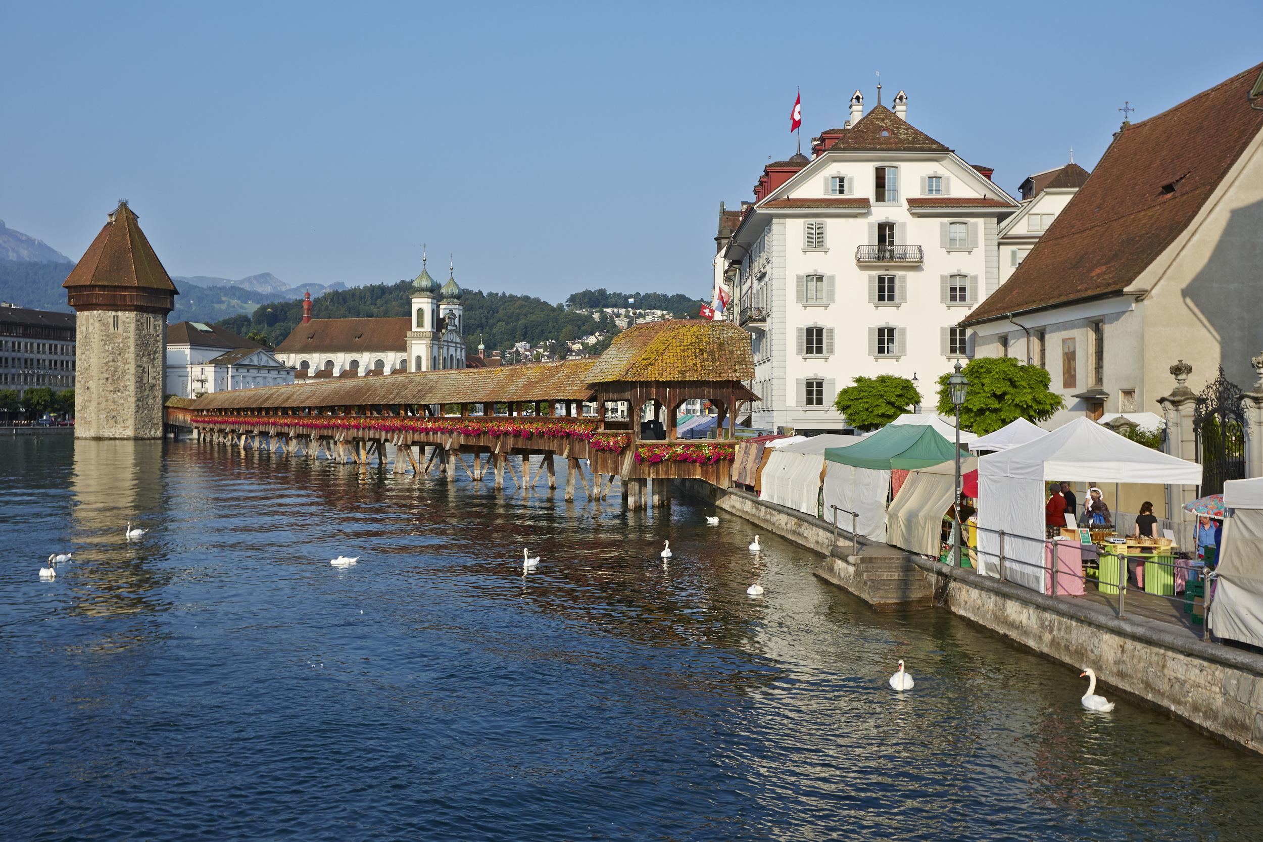 Lucerne market and the Chapel Bridge