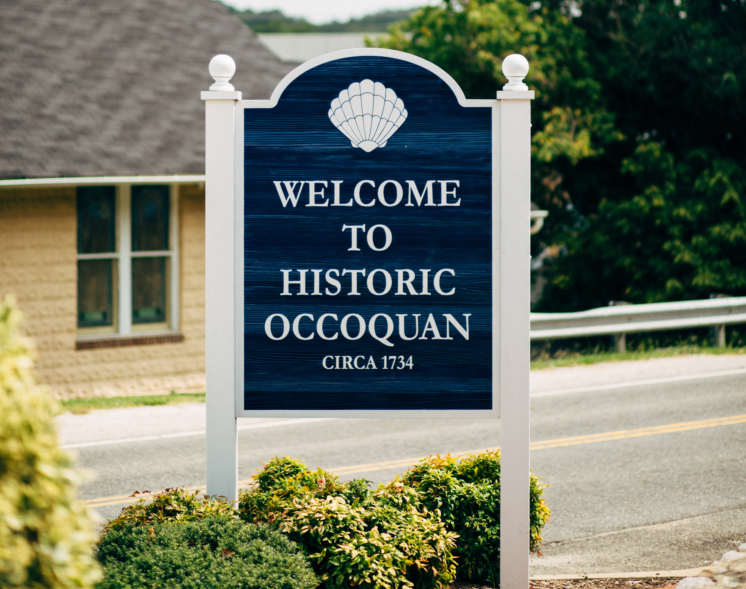 The welcome sign that greets you when you first drive into this little historic town.