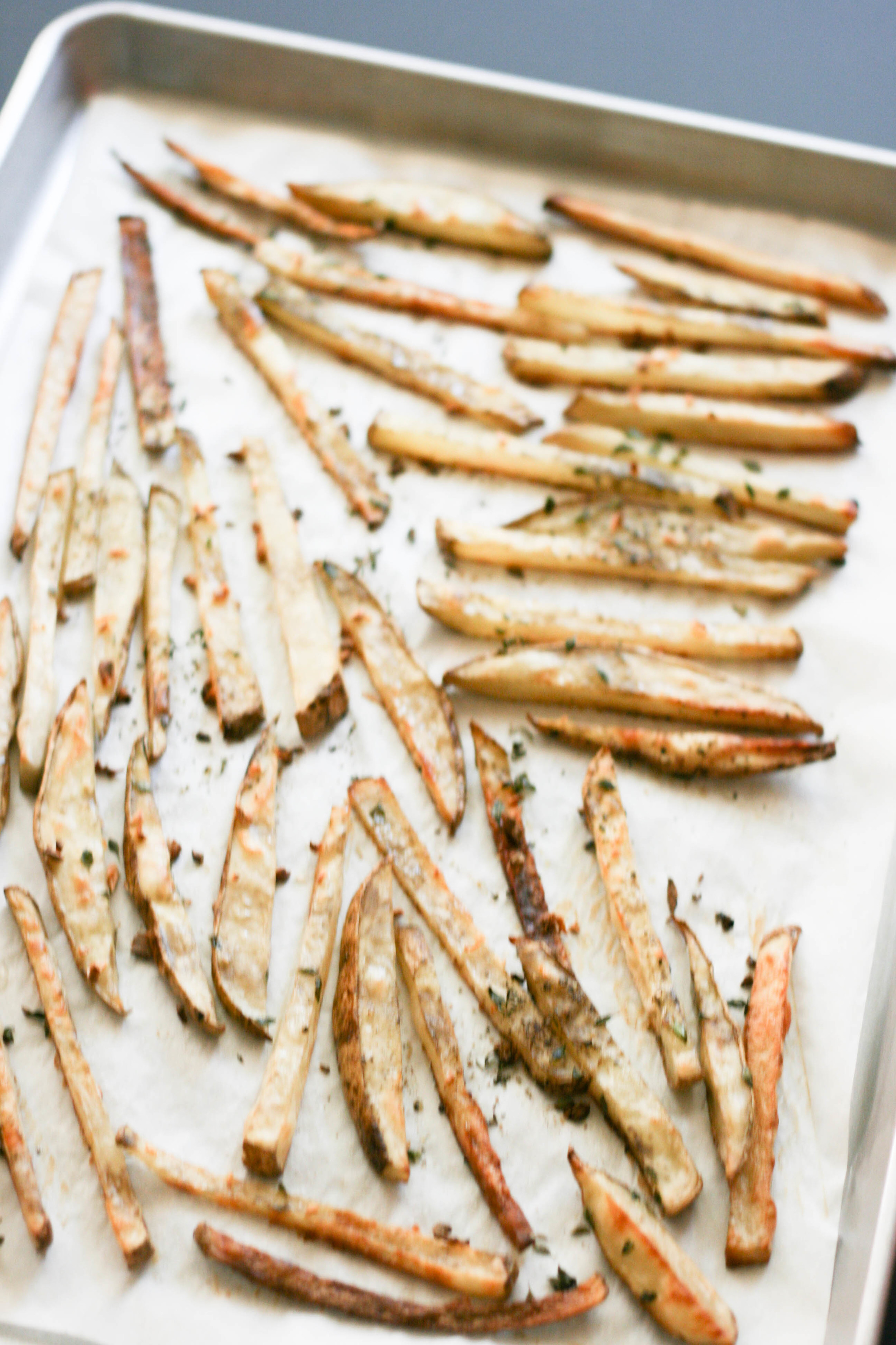 garlic thyme baked fries