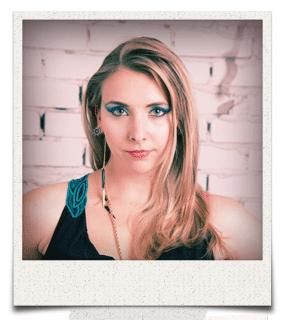 Kate Roberts   Vocals & Drums