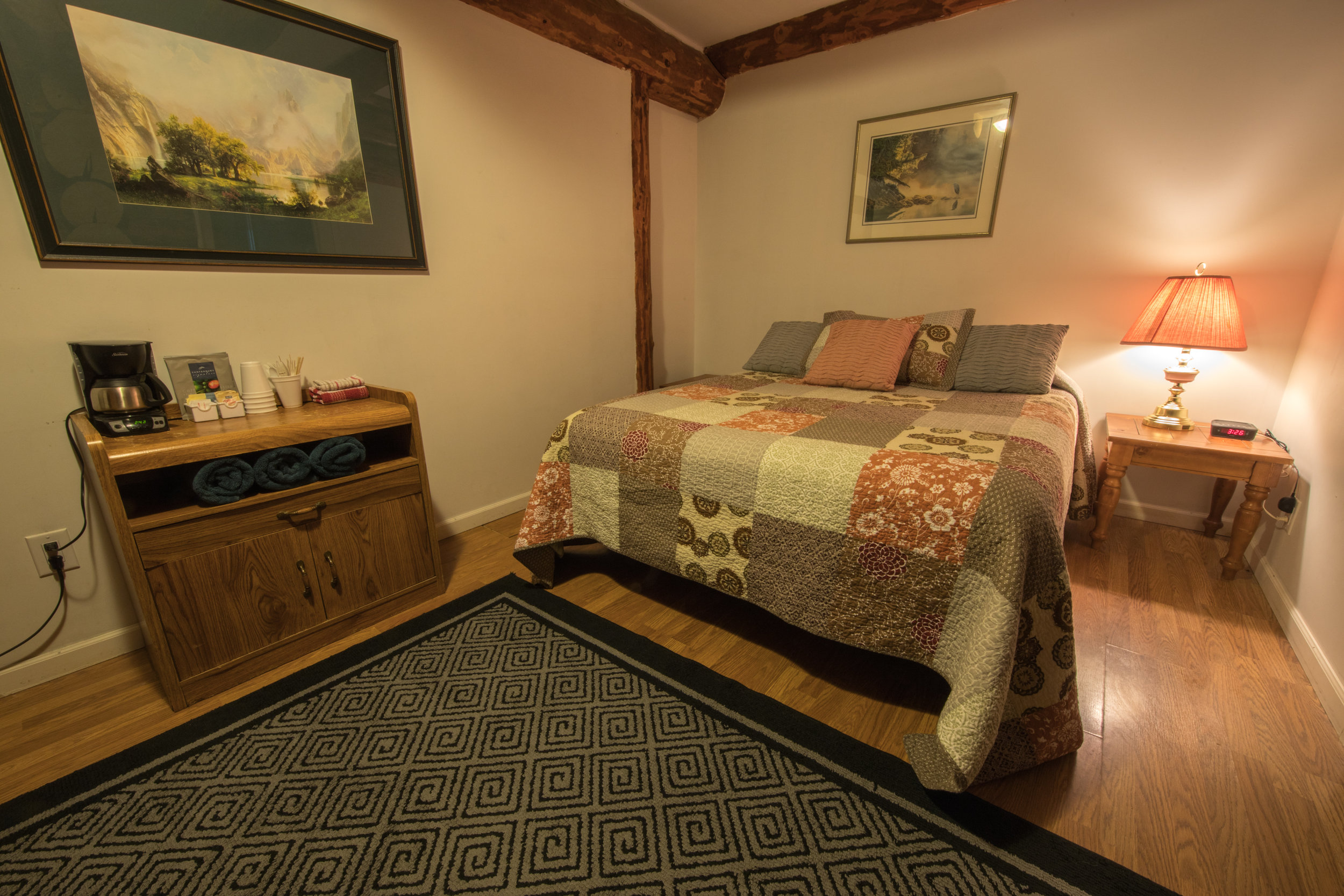 Room 17 (1).jpg