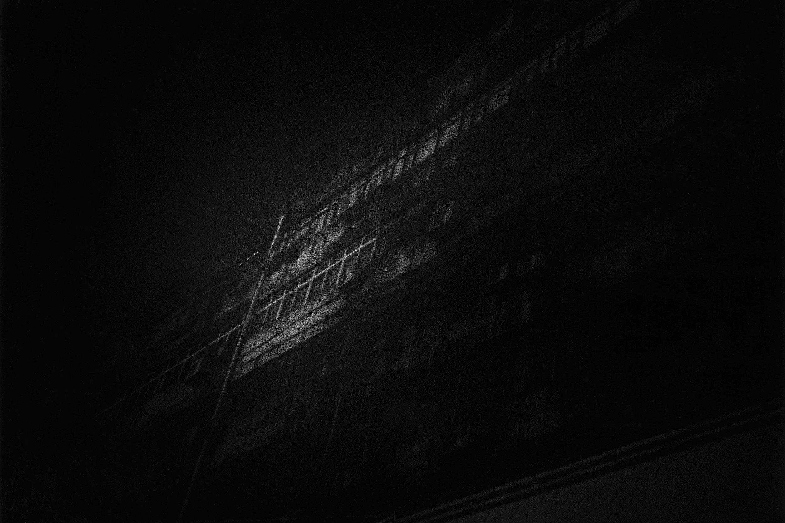 暗夜的樓+%15lr.jpg
