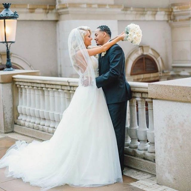 Happy Anniversary to this beautiful couple! @kaylinjurrjens @jairjurrjens49  Thank you for allowing E&P to be a part of your AMAZING day!🖤 • • • #atlbride #atlbridalhair #atlbridalhairstylist #atlbridalmakeup #atlbridalmua #atlantaglam #bridalhair #bridalmakeup #atlmakeupartist #luxuryglam #luxurybride #bridetobe #theknot #theknotbride #destinationbridalmua #southernbride #modernbride #southasianweddings #southasianbride #indianweddings #indianbrides